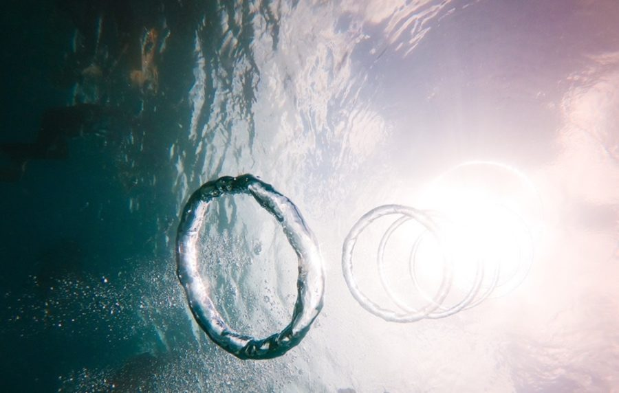 私の偏愛vol.8◆ただ浮いて、ただ沈む。わたしのリラックス法はプールです